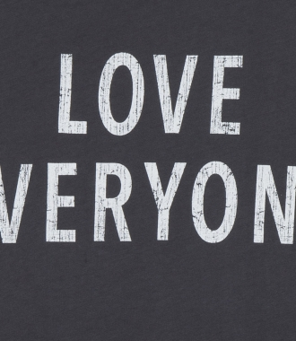 LOVE EVERYONE PRINTED CREWNECK TEE IN COTTON