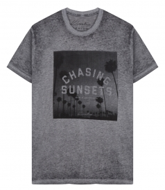 CHASING SUNSETS PRINT T-SHIRT IN SUPER SOFT SLUB COTTON