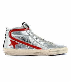 SLIDE SNEAKERS IN SILVER FT RED DETAILS