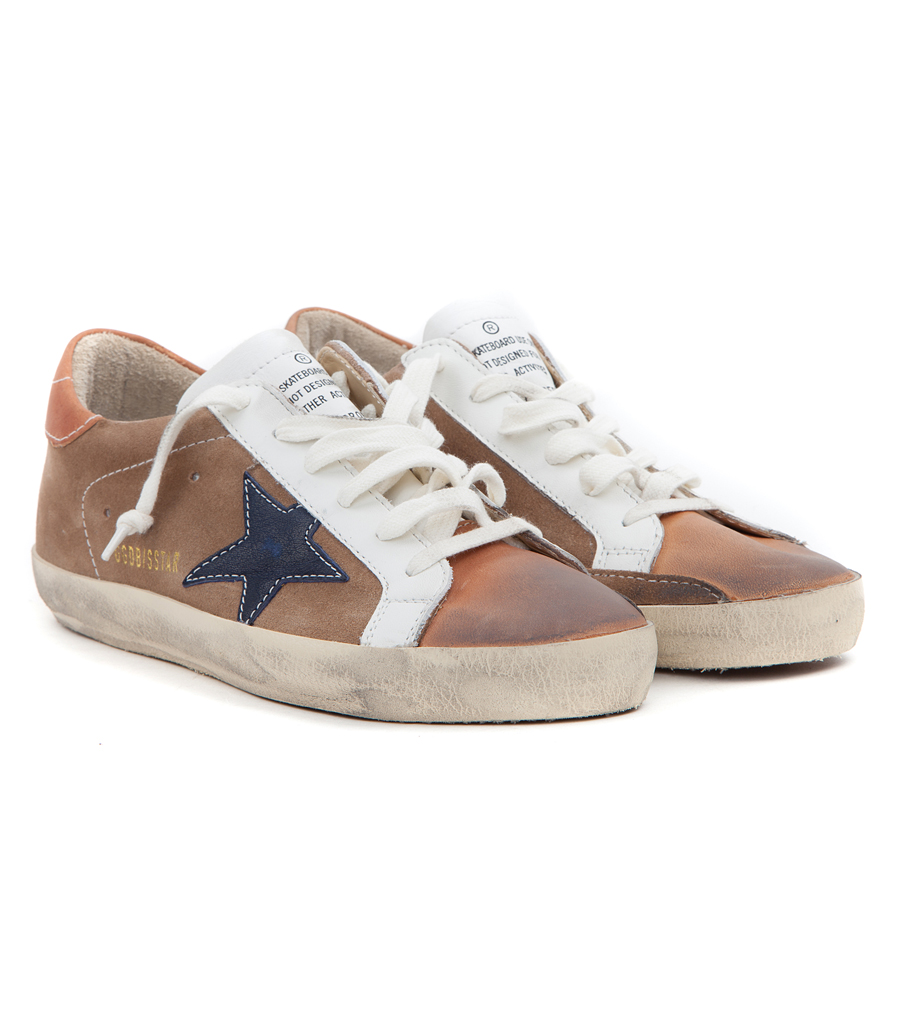 87617338b67ca GOLDEN GOOSE DELUXE BRAND - SUPERSTAR SNEAKERS IN DISTRESSED BROWN